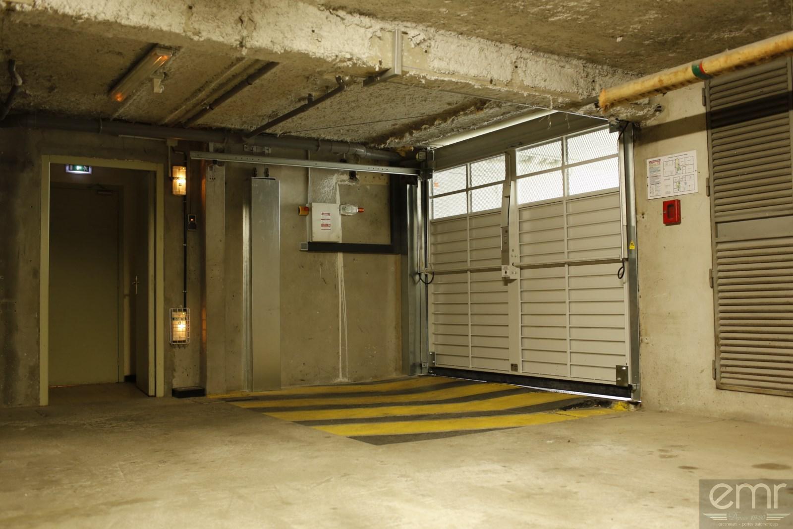 Remplacement d 39 une porte de garage dans une copropri t cagnes sur mer installation d - Norme porte de garage collective ...